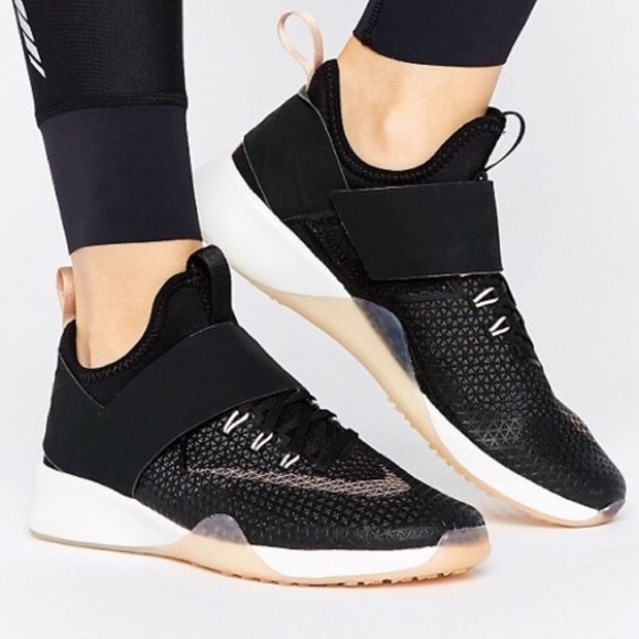 1b652dfbe75 Nike air zoom strong black rose gold women's 8 NEW NWT